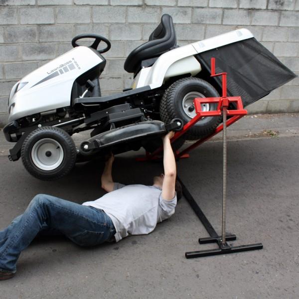 l ve autoport e tracteur tondeuse lat ral vis 410 kg arceau anti basculement jardinage. Black Bedroom Furniture Sets. Home Design Ideas